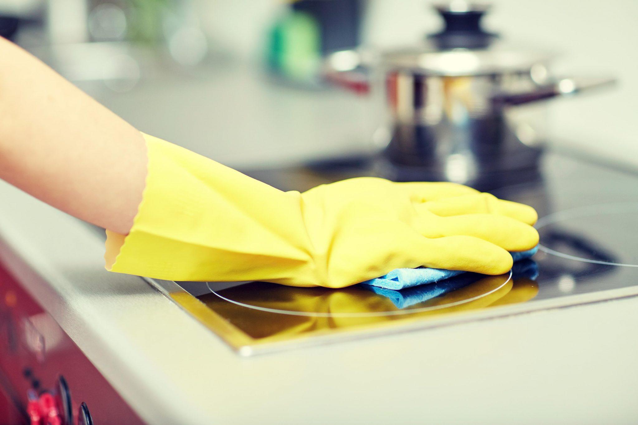 Những bí quyết bảo quản bếp từ luôn sáng bóng, sạch sẽ